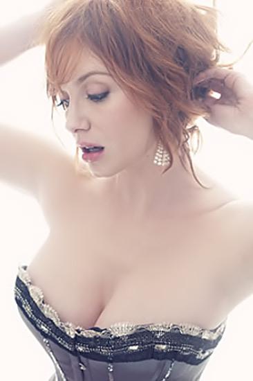 christina-hendricks-boobs