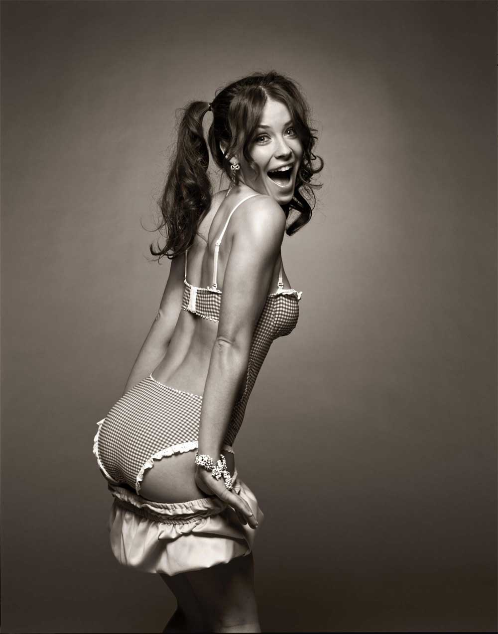 evangeline lilly panties